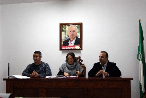 IZQUIERDA UNIDA DE LA ALPUJARRA ARROPA A LA CANDIDATA AL CONGRESO POR LA COALICIÓN DE IZQUIERDAS